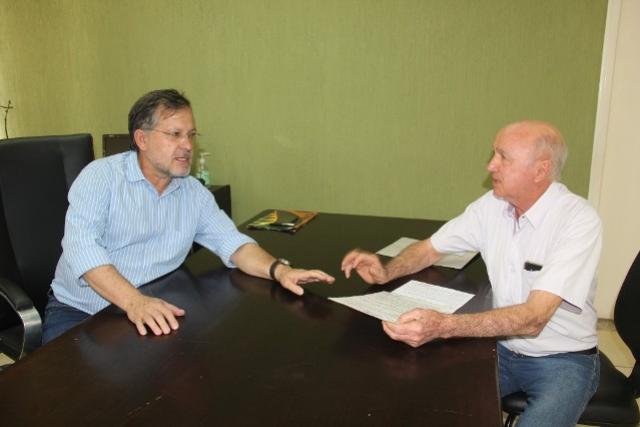 IAP entrega licença ambiental para regularização da Vila Guarujá em Campo Mourão