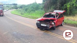 Colisão frontal entre dois veículos na PR-558 entre Campo Mourão e Araruna deixa uma pessoa gravemente ferida