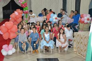 Famílias prestigiam formatura dos alunos do Cmei Encanto do Saber em Farol