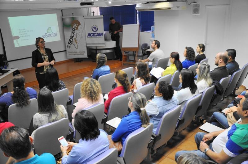 eSocial:  Acicam sediou curso
