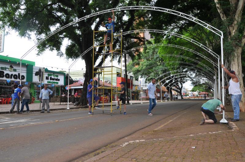 Natal: C. Mourão terá túnel de luzes com 51 mil lâmpadas coloridas
