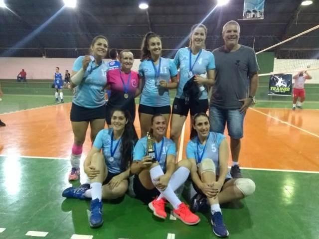 Encerrada 1ª Copa Regional Trainer/Fecam de Vôlei em C.Mourão