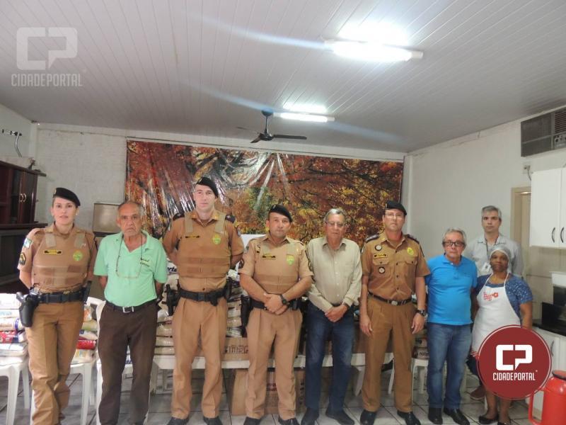 PM faz doação de 1 tonelada de alimentos a entidades assistenciais de Campo Mourão