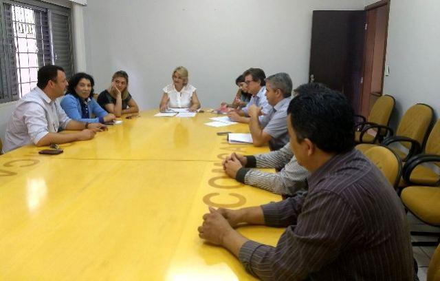 Cohapar apresenta novos serviços a prefeitos da região de Campo Mourão