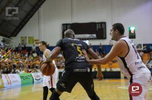 Liga Ouro: Campo Mourão derrota Blumenau em jogo emocionante