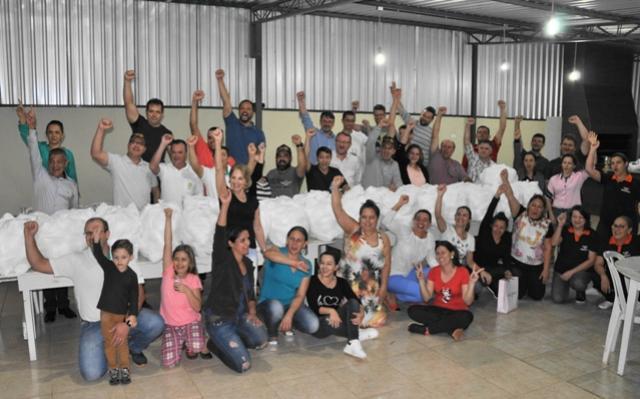 Verdes Campos:  Rotary confecciona fraldas