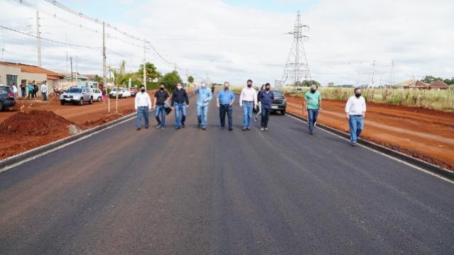 Avançam obras de pavimentação de avenida no Cidade Nova em Campo Mourão