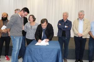 Assinado contrato para construção do barracão das artes em Campo Mourão