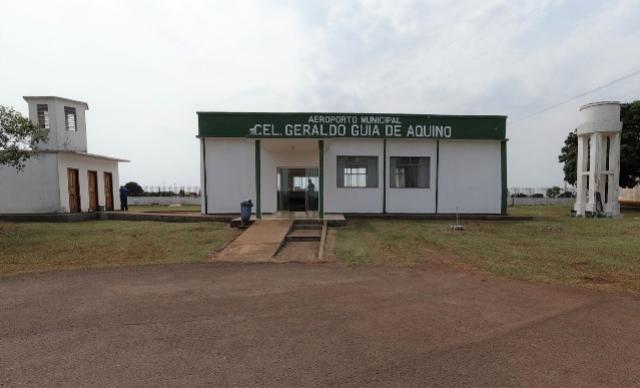 Vistoria da ANAC aponta restrições e pede correções na pista do aeroporto de Campo Mourão