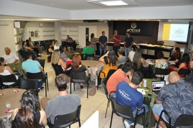 Associados da Acicam têm atividades de capacitação em Campo Mourão