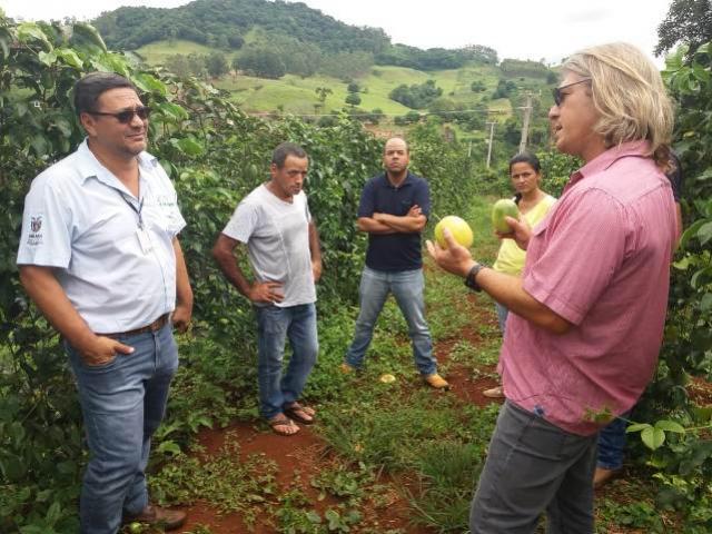 Reunião com pesquisador da Embrapa movimenta produtores e técnicos de Corumbataí do Sul