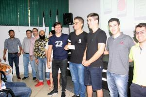 Empreende Week premia projetos empreendedores de estudantes universitários