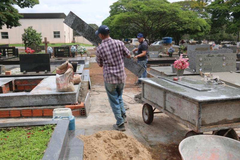 Marmorarias faturam até 60 por cento a mais com serviços no Cemitério