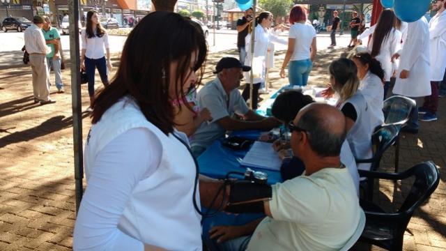 Campanha Novembro Azul de Campo Mourão terá ação em posto de combustível