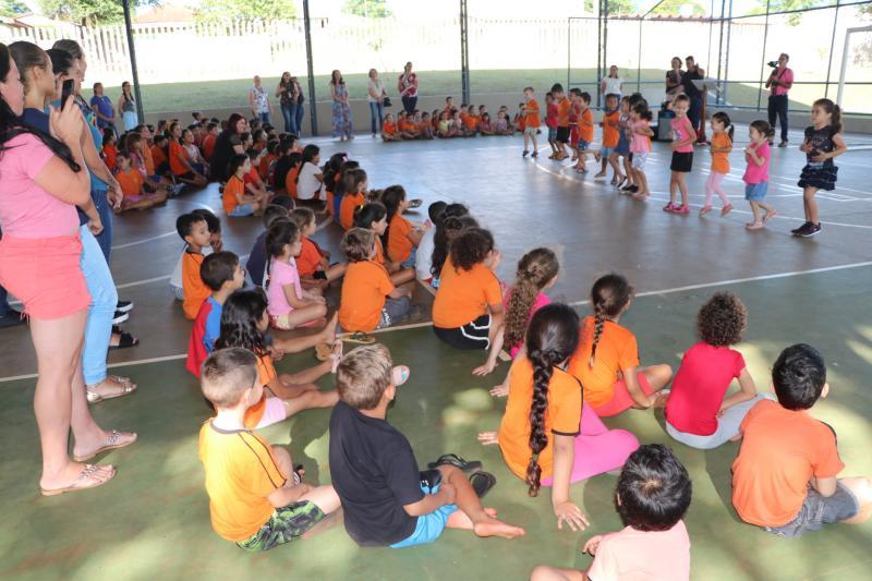 Entregues reformas da Escola Nicon Kopko, no Jardim Modelo