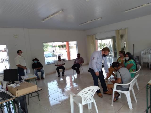 Produtores de Barbosa Ferraz recebem recursos do projeto Inclusão Produtiva Solidária