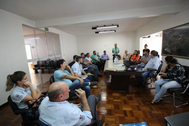 Reunião discute a realização da Caminhada da Natureza em Campina da Lagoa
