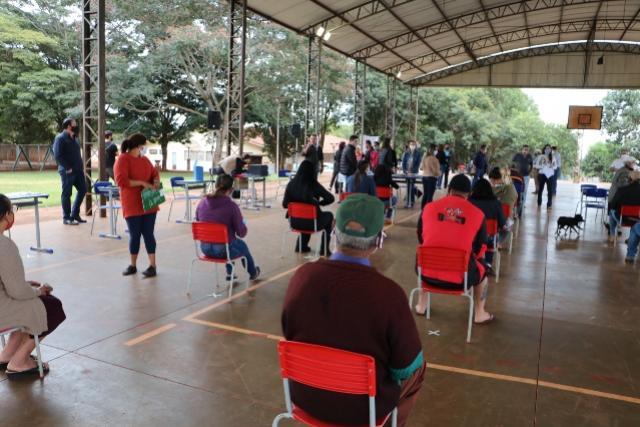 Chuva e falta de energia elétrica obriga adiamento de entrega de escrituras em Campo Mourão