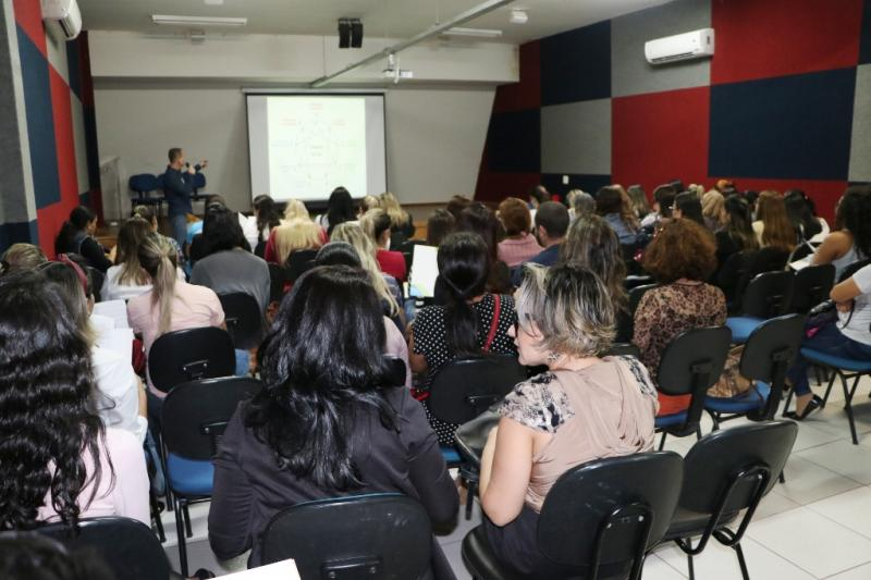 Secretaria Municipal de Ação Social de C. Mourão recebem formação da Justiça Restaurativa