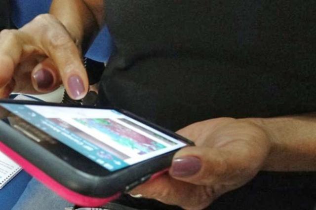 Curso de Inclusão Social da Pessoa Idosa ao Smartphone em Campo Mourão
