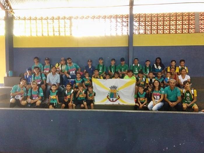 Alunos do projeto Futsal de Farol participam da Copa Estilo