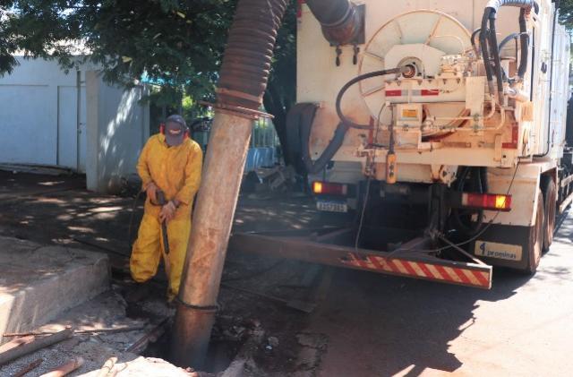 Limpezas em Bocas de Lobo tem sequência em bairros da cidade