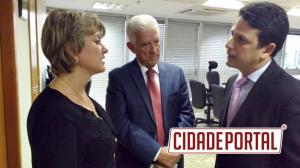 Prefeita de Farol faz visita ao Ministério das Cidades e solicita habitação para famílias de baixa renda