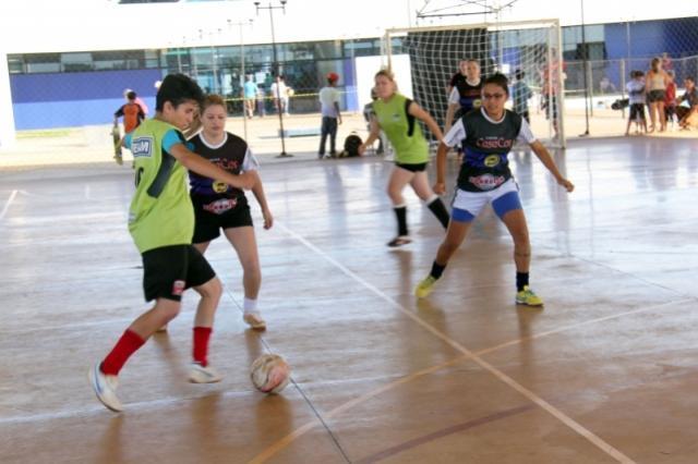 ACMF realiza Seletiva do Futsal Feminino