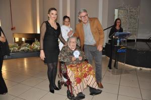 Cmeg prestou homenagem a cinco mulheres em C. Mourão