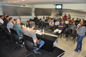 Vasta e diversificada pauta marcou reunião da Acicam em Campo Mourão