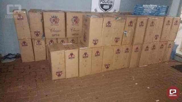 Polícia Militar apreende grande quantidade de cigarros, armas e dinheiro em Campo Mourão