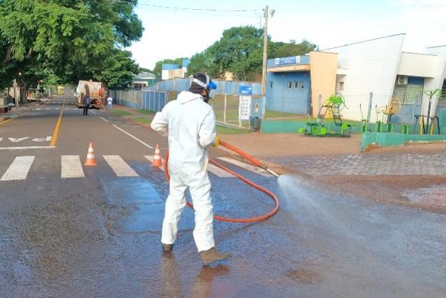 Município de Campo Mourão realiza desinfecção próximo à locais de atendimento em saúde