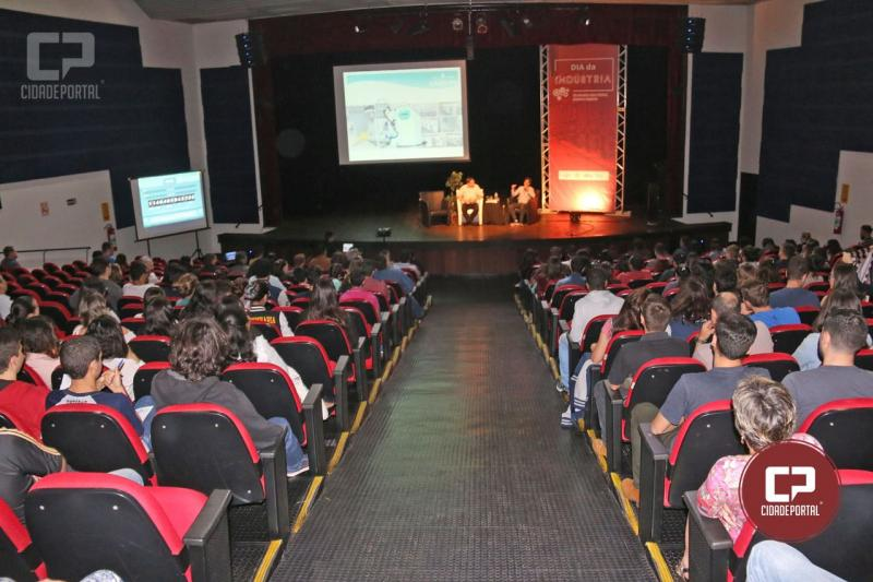 Dia da Indústria 2018 foi realizado no Teatro Municipal em Campo Mourão