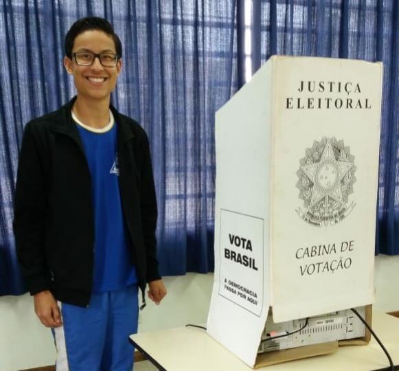 Alunos são eleitos vereadores mirins em Mamborê