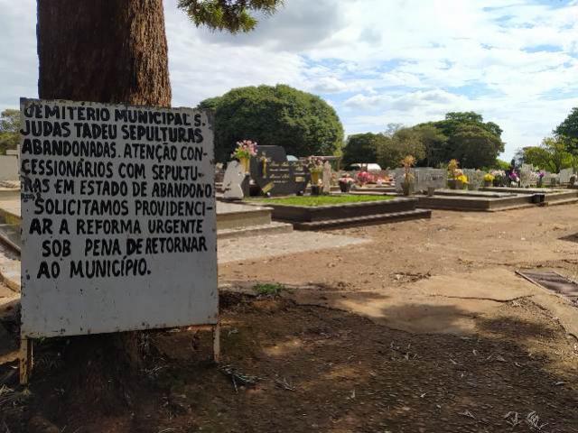 Mais 14 túmulos abandonados podem ser desapropriados no Cemitério de Campo Mourão