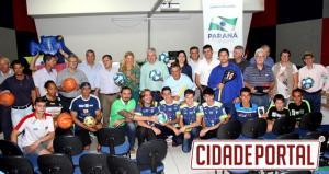 Município de Campo Mourão recebe materiais esportivos da Secretaria de Esportes do Paraná