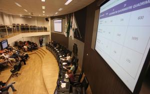 Saúde de Campo Mourão presta contas à Comissão de Finanças e Orçamento