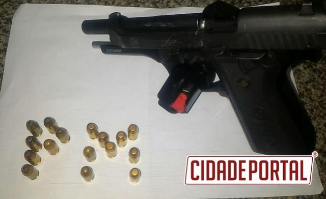 Polícia Militar de Campo Mourão aborda motorista e apreende pistola carregada