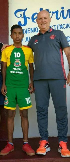 Alunos do projeto Futsal de Farol participam de avaliação técnica 8bdc7c84adf61