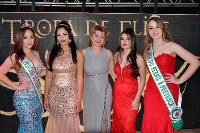 Ana Caroline Chornobai é eleita Rainha do Pernil à Pururuca de Farol