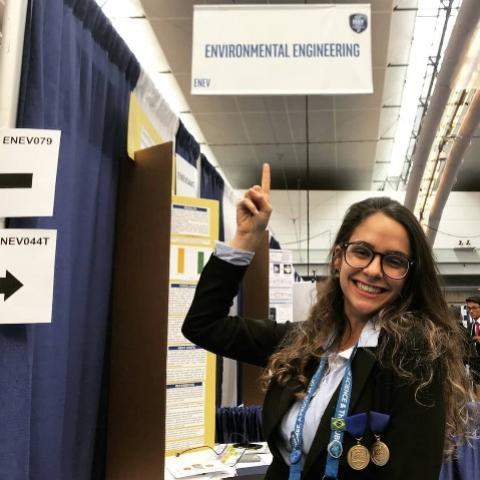 Brasileira de 18 anos é selecionada para acompanhar a cerimônia do Nobel