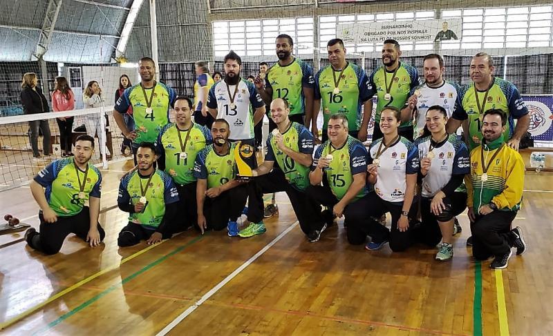 Ouro na terceira etapa dá ao IPP Curitiba o título da temporada de paravoley