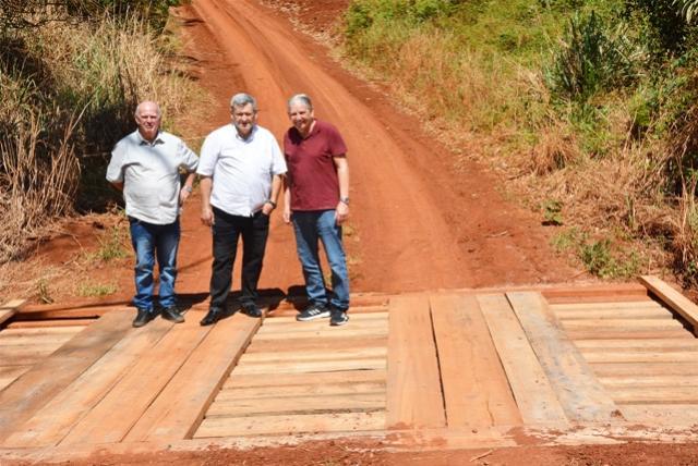 Governo Municipal reconstruiu três pontes rurais em outubro