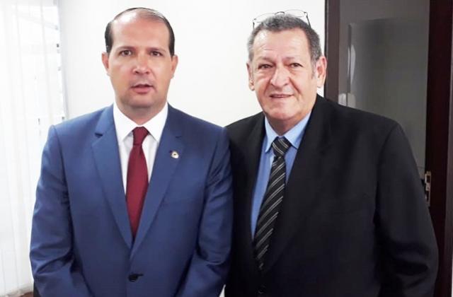 Pegoraro recebe de Micheletto indicação de R$ 2,870 milhões para novo Posto Central e vans escolares
