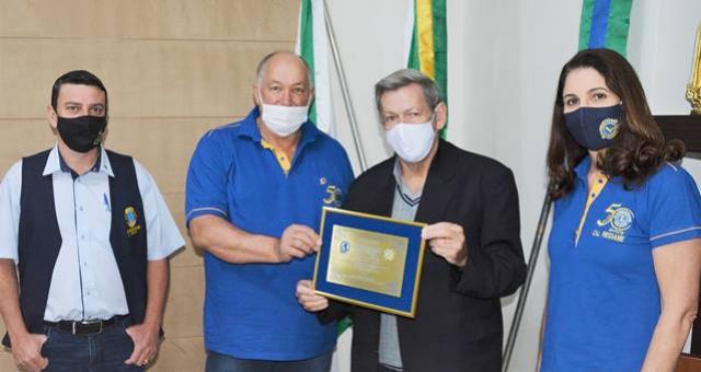 Prefeito Pegoraro recebe Comenda do Mérito do Lions Clube