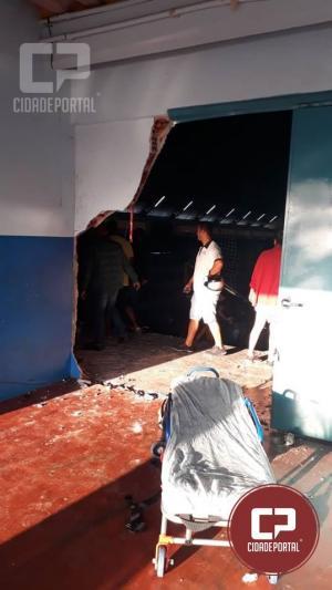 Caminhoneta invade ginásio de esportes e mata Secretário de Esportes de Assis Chateaubriand