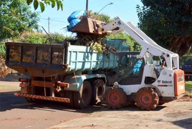 Mutirão de limpeza em Assis começa segunda-feira no patrimônio Azaury