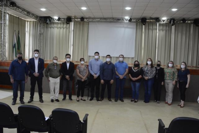 Presidente da Fomento Paraná visita Assis Chateaubriand