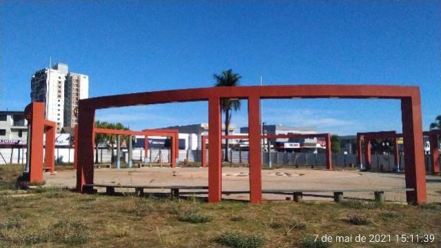 Prefeitura abrirá nova licitação para concluir obras da Praça dos Pioneiros