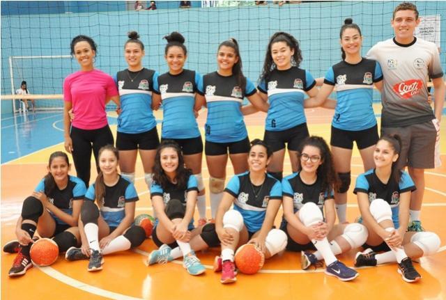 Equipe feminina de voleibol de Assis busca liderança da 3ª etapa da Copa Talentos em Ação